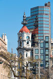 现代和老大厦,布宜诺斯艾利斯Argentinien 免版税库存照片