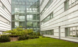 现代商业中心外部门面 免版税库存照片