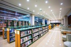 现代图书馆内部 库存图片