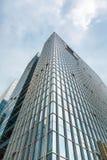 现代大厦向上看法  免版税库存图片