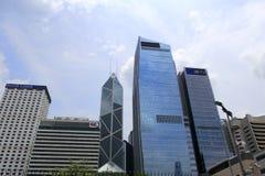 现代大厦在中央 免版税图库摄影