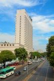现代大厦在街市的仰光 图库摄影