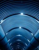 现代天花板低角度视图  免版税库存图片