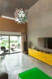 现代客厅,细节 免版税图库摄影