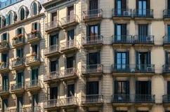 现代派居民住房,巴塞罗那,西班牙细节在出生的 免版税库存图片