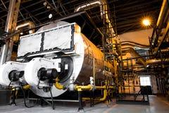 现代工业锅炉,工厂厂房内部 图库摄影