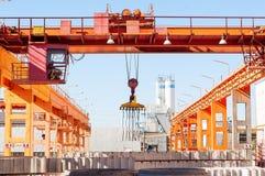 现代工厂模板建造场所 免版税库存图片