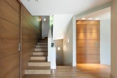 现代房子,楼梯 库存照片