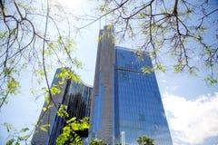 现代摩天大楼企业大厦在巴塞罗那,西班牙 免版税库存图片