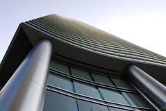 现代摩天大楼低角度射击 库存照片