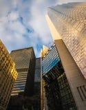 现代摩天大楼在街市多伦多-安大略,加拿大财政区  图库摄影