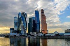 现代摩天大楼大厦在莫斯科市 商务中心国际莫斯科 库存照片