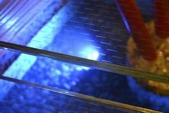 现代旅馆玻璃楼梯 免版税图库摄影