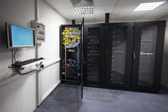 现代服务器室内部 免版税库存照片