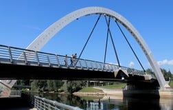 现代桥梁在爱沙尼亚 免版税库存图片