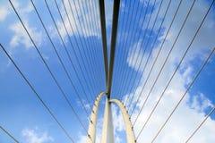 现代桥梁的元素 免版税库存照片
