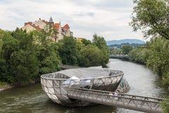 现代桥梁的金属 免版税库存图片