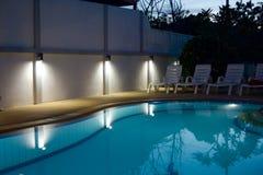现代池游泳 图库摄影