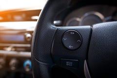 现代汽车方向盘 库存照片