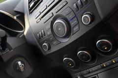 现代汽车音频控制 库存图片