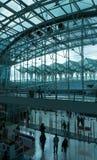 现代火车站 免版税库存照片