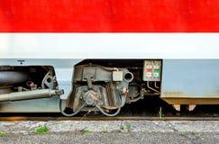 现代火车轮轴 免版税库存图片