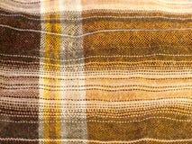 现代熟悉内情的检查色的衬衣织品棉绒结束textu 免版税库存照片