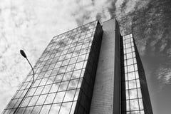 现代玻璃办公室 免版税图库摄影