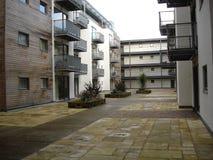 现代的公寓住宅区 免版税库存照片