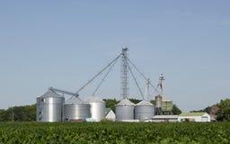 现代的农场 库存图片
