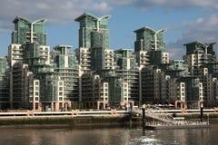 现代的大厦 免版税库存照片