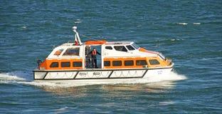 现代的救生艇 库存图片