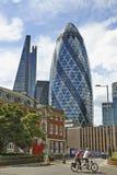 现代建筑学伦敦市领导中心的全球性 免版税库存照片