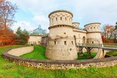 现代艺术的-在基希贝格高原的MUDAM-堡垒Thuengen和博物馆在卢森堡市 免版税库存照片
