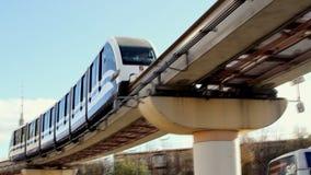 现代莫斯科的单轨铁路车和生态运输 股票录像