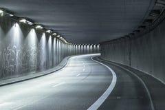 现代街道隧道 免版税库存图片