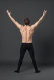 现代跳芭蕾舞者在演播室 库存照片