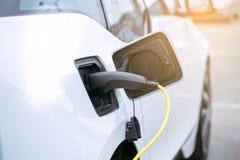 现代车eco汽车运输力量充电 免版税库存图片