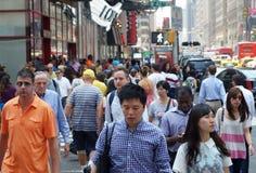 现代都市街道场面 免版税库存图片