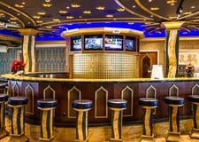 现代酒吧内部,巡航划线员肋前缘Mediterranea 库存照片