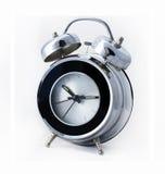 现代镀铬物金属减速火箭的闹钟 库存照片