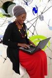 现代非洲妇女 库存图片