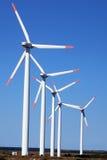 现代风力发电器 免版税图库摄影