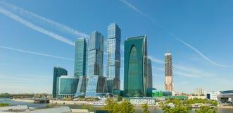 现代高层建筑物在中央莫斯科,俄罗斯 库存图片