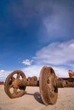 玻利维亚墓地培训uyuni 库存照片