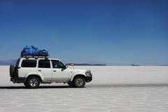 玻利维亚撒拉尔旅行的uyuni 库存照片
