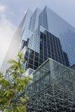 玻璃办公室塔 库存图片