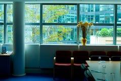 玻璃办公室视图 库存照片