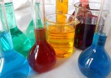 玻璃器皿实验室 库存图片