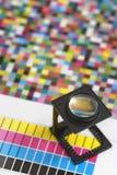 玻璃扩大化的打印机 免版税库存照片